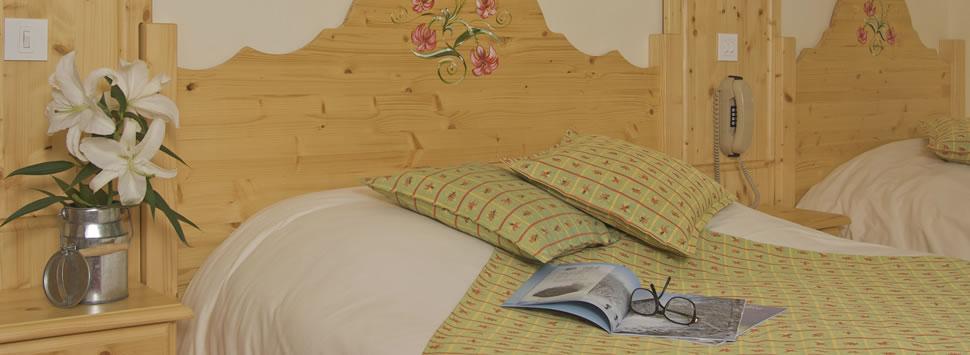chambre_hotel_les_prodains_001